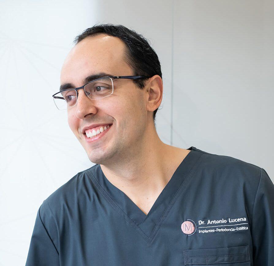 implantologia-antonio-lucena